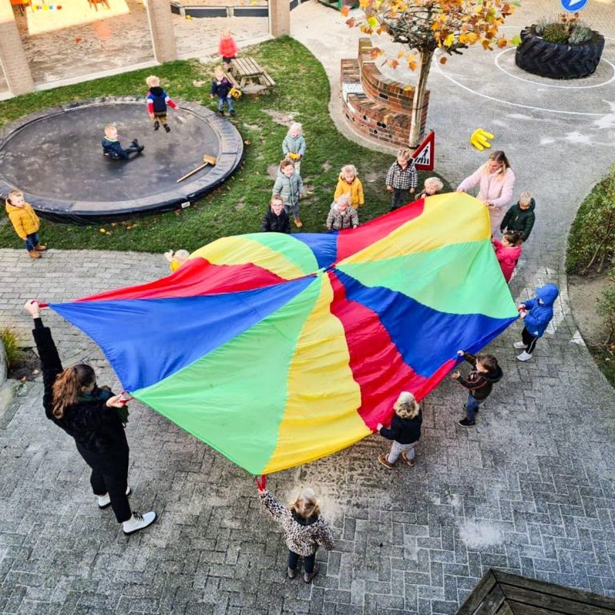 Parachutebuiten
