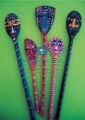 Kreative Masken aus Holzlöffeln Preview 2