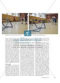 Tchoukball spielen - Schülerinnen und Schüler erweitern ihre Wurf- und Fangerfahrungen in einem motivierenden Spiel Preview 4