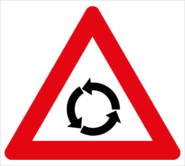 §50/3a Kreuzung mit Kreisverkehr
