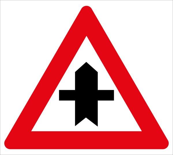 §50/4 Kreuzung mit Straße ohne Vorrang