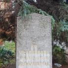 A II. világháború VI. és VII. kerületi áldozatainak emlékoszlopa