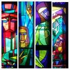 Szent István Ház kápolnájának üvegablakai