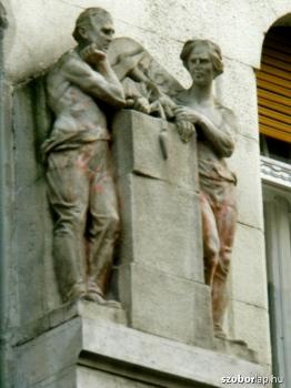 Két szobrász