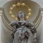 Ferences templom szobordíszei