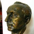 Páger Antal-mellszobor