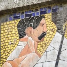 Hernád-udvar homlokzati mozaikdíszei I-II.