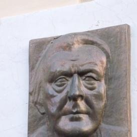 Dr. Steinmetz Endre-dombormű