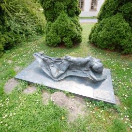 A mosonmagyaróvári Agrártudományi Egyetem 1956-os diákáldozatainak emlékműve