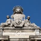 Károlyi-palota szobordíszei