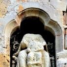 Gyermekét tartó Madonna, Sámson harca az oroszlánnal