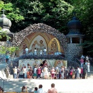 A szentkúti szabadtéri oltár mozaikkompozíciója