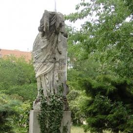 Nőalak-szobor
