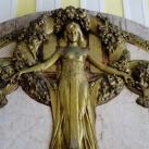 Az Aranysas-udvar védőangyalai
