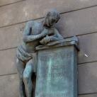 Irinyi János-emlékmű