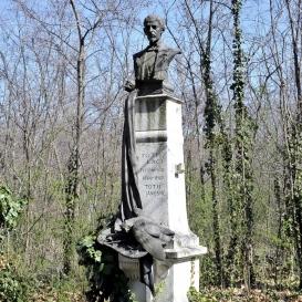 Tóth Laci síremléke