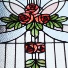 Rózsás üvegablakok