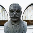 Zsigmond Ferenc-mellszobor