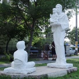 Páduai Szent Antal-szoborcsoport