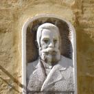 Dr. Cselkó István portrédomborműve