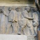 Gyula-remetei javító-nevelő intézet épületdíszítő domborművei
