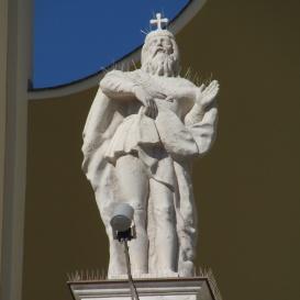 Szent István Székesegyház épületszobra I. - Szent László