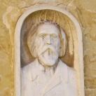 Sporzon Pál portrédomborműve