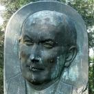 Dinnyés Lajos síremléke