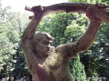 Turáni Kovács Imre síremléke