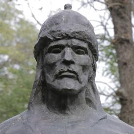 Árpád vezér mellszobra