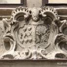 Pannonhalmi Főapátság címere (az Apátúr-ház épületszobrai IV.)