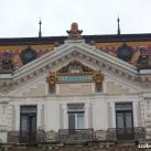 Pécs Megyeháza épületdíszei