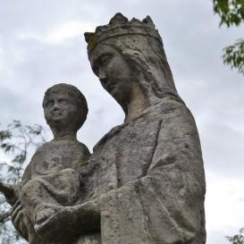 Szűz Mária karján a kis Jézussal
