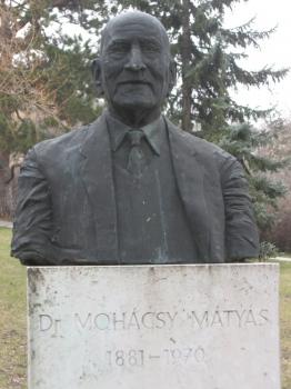 Mohácsy Mátyás mellszobra