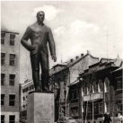 Latinka Sándor szobra