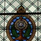 Szent József templom hajójának üvegablakai