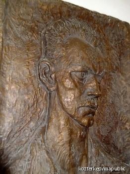József Attila-dombormű