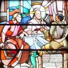 Az Eucharisztikus Világkongresszus emlékére készült üvegablak