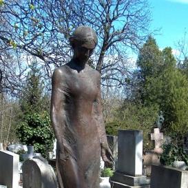 Gecser Lujza síremléke