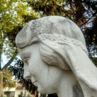 Szlabey Valéria sírszobra