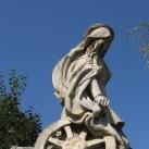 Az isaszegi csata emlékműve