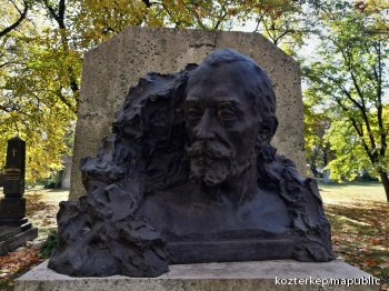 Bartók Lajos síremléke