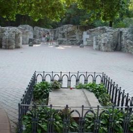 Árpád-házi Szent Margit sírja