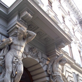 Andrássy Palace Atlas szobrai