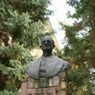 Orosz Pál dr. mellszobra