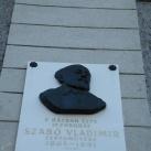 Szabó Vladimir domborműves emléktáblája