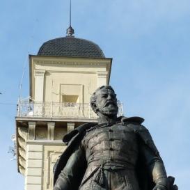 Klapka György szobra