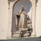 A pozsonyi Szent Erzsébet templom és kolostor homlokzati szobrai