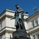 IV. Károly német-római császár szobra