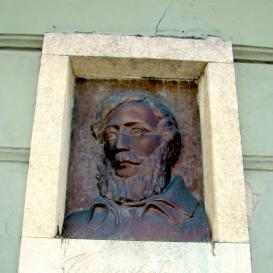 Kossuth Lajos-portrédombormű